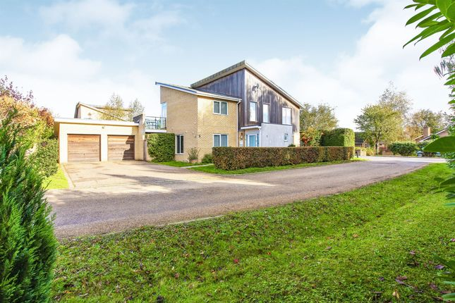 Thumbnail Detached house for sale in The Willows, Highfields Caldecote, Cambridge