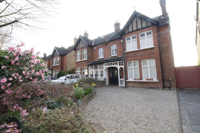 6 bed property to rent in Kings Hall Road, Beckenham