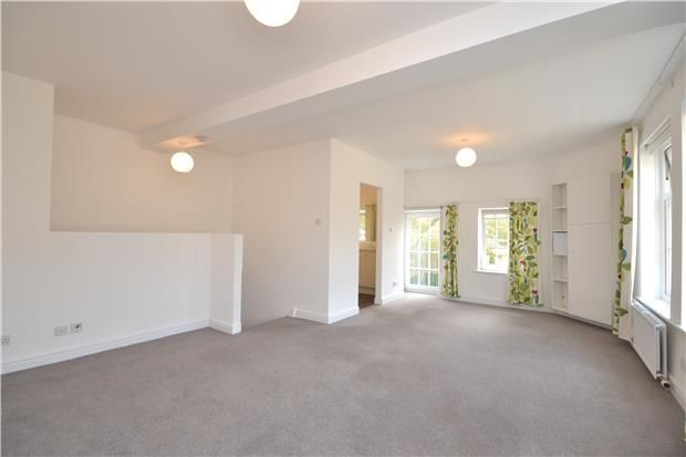 3 bed terraced house to rent in Pulteney Mews, Bath, Somerset