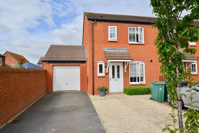 3 bed terraced house for sale in 2 Ash Place, Bidford-On-Avon, Alcester B50