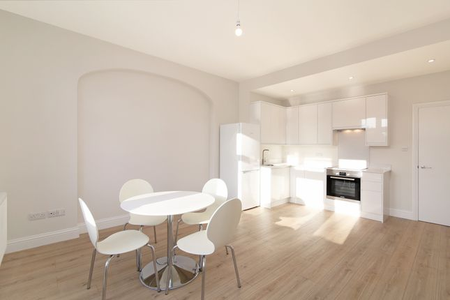 Thumbnail Flat to rent in Drewstead Road, Streatham