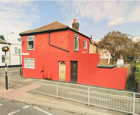 Thumbnail Flat to rent in Jeffery Street, Gillingham