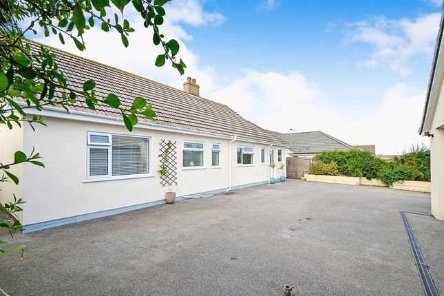 Thumbnail Bungalow for sale in Highfield Road, Mount Hawke, Truro