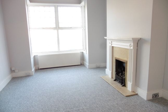 3 bed terraced house to rent in Balfour Road, Brighton
