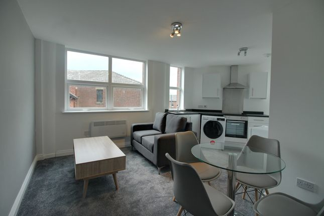 Thumbnail Flat to rent in Camden House, 2 Grey Street, Ashton-Under-Lyne, Lancashire