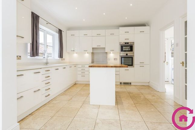 Thumbnail Detached house to rent in Hillcourt Road, Cheltenham