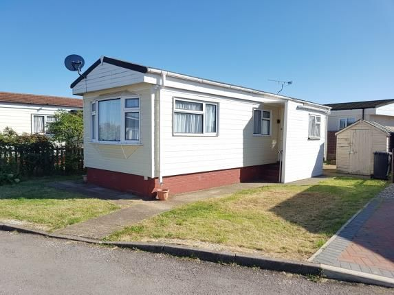 Thumbnail Bungalow for sale in Three Star Park, Bedford Road, Lower Stondon, Bedfordshire