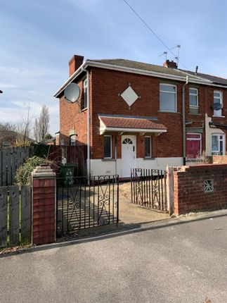 Thumbnail Semi-detached house to rent in Dowse Avenue, Scunthorpe