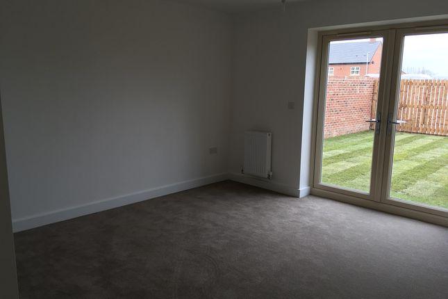 Living Room of Cambridge Road, Whetstone LE8