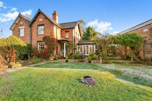 Thumbnail Property for sale in Kenninghall Road, Garboldisham, Diss