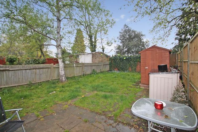 2 bed maisonette for sale in Beresford Road, Harrow HA1
