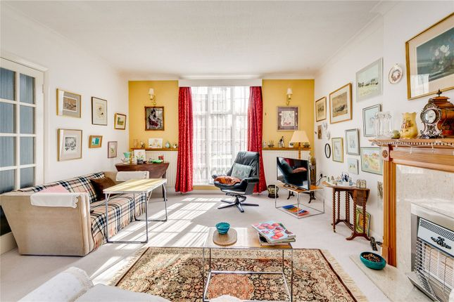 Reception of Vicarage Road, London SW14