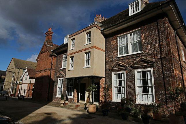 Thumbnail Flat to rent in George Street, Huntingdon, Cambridgeshire
