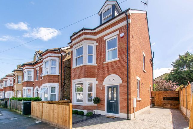 Thumbnail Property for sale in Elliott Road, Thornton Heath