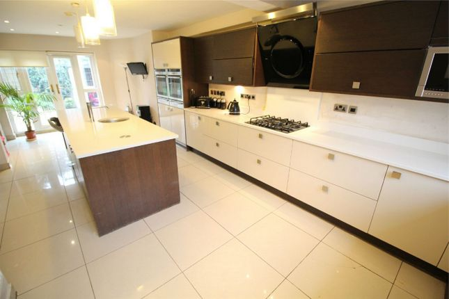 Thumbnail Detached house for sale in Lavender Hill, Enfield, Middlesex