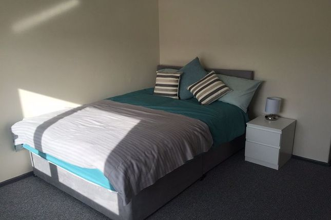 Thumbnail Room to rent in Room 3, Milton Road, Corby, Northants