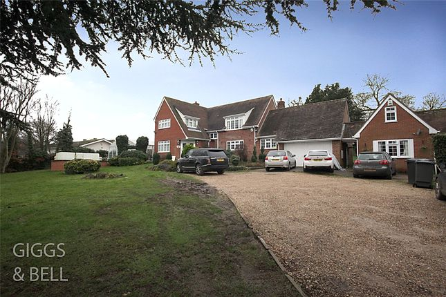 Thumbnail Detached house for sale in Sharpenhoe Road, Streatley, Luton, Bedfordshire