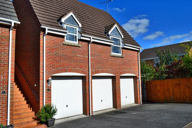 Thumbnail Flat for sale in Redrock Crescent, Kidsgrove