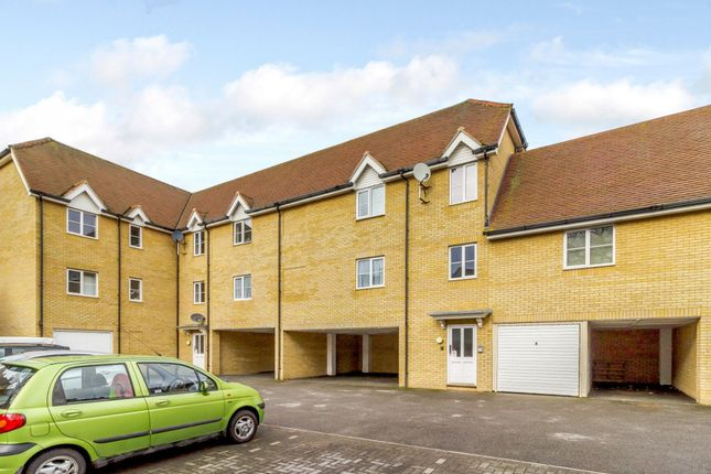 Thumbnail Flat for sale in Mortimer Gardens, Colchester, Essex