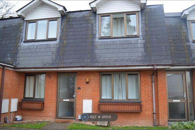 Thumbnail Maisonette to rent in Braeside, Binfield, Bracknell