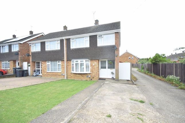 Thumbnail Semi-detached house for sale in Radnor Road, Luton