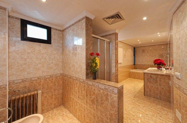 Bathroom of Spain, Málaga, Marbella, Nueva Andalucía