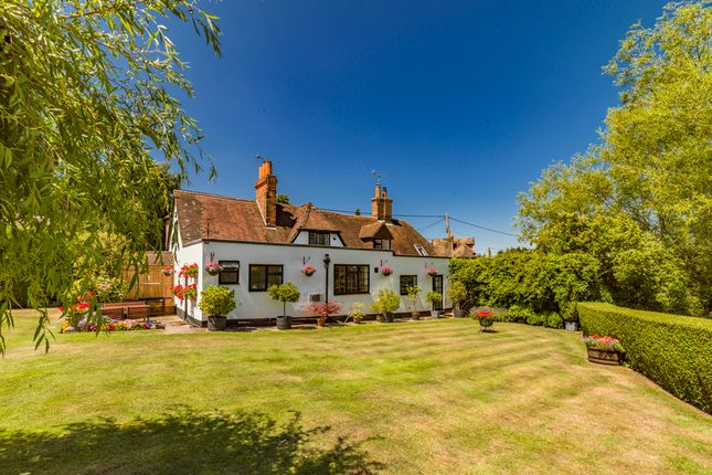 Thumbnail Property for sale in The Old Tavern, Lower Basildon
