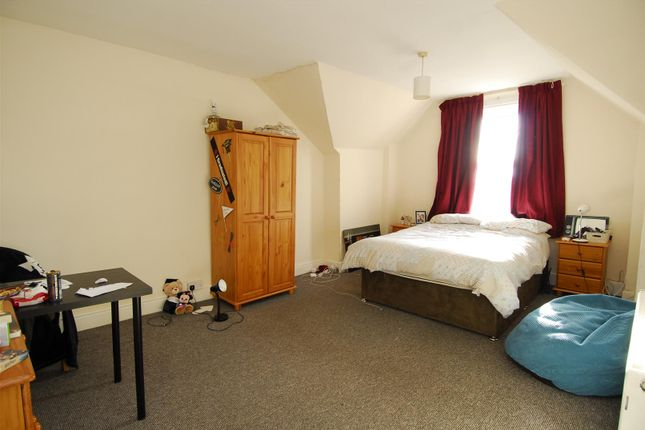 Thumbnail Flat to rent in Lockyer Road, Flat 4, Plymouth