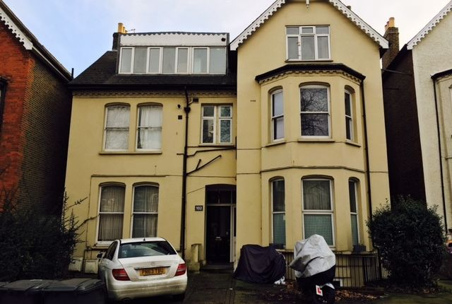 3 bed flat for sale in Christchurch Road, Tulse Hill, London