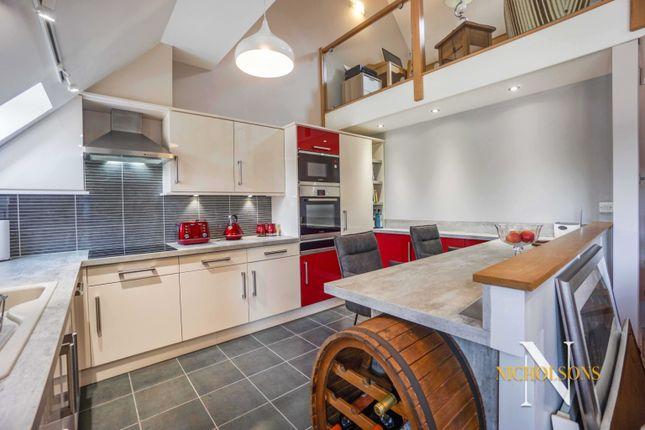 Thumbnail Flat for sale in New Court Gardens, Retford, Nottinghamshire