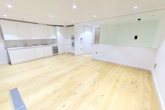 Thumbnail Duplex to rent in Highgate Hill, London