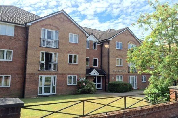 Flat to rent in Winn Road, Southampton