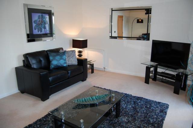 Thumbnail Town house to rent in Queens Crescent, Aberdeen, 4Az