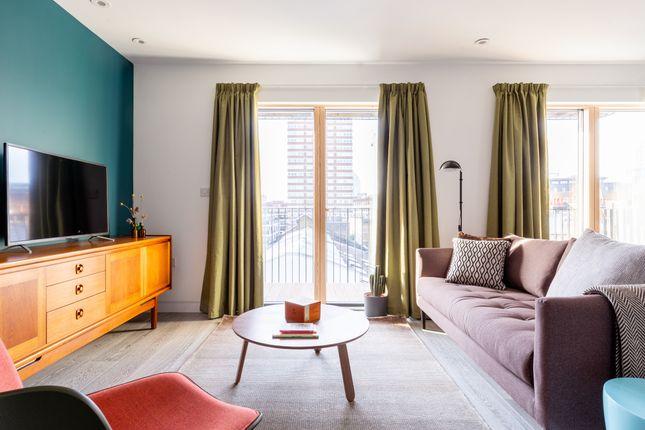 Thumbnail Flat to rent in Grange Street, Bridport Place, London