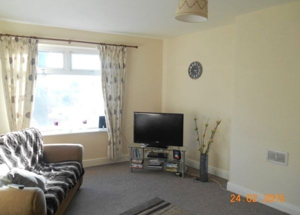 Thumbnail Flat to rent in Sutton Road, Huthwaite