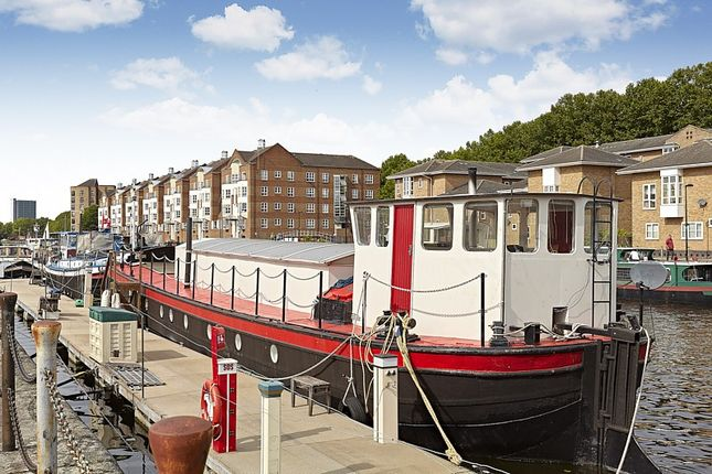 Russell Place London Se16 2 Bedroom Houseboat For Sale
