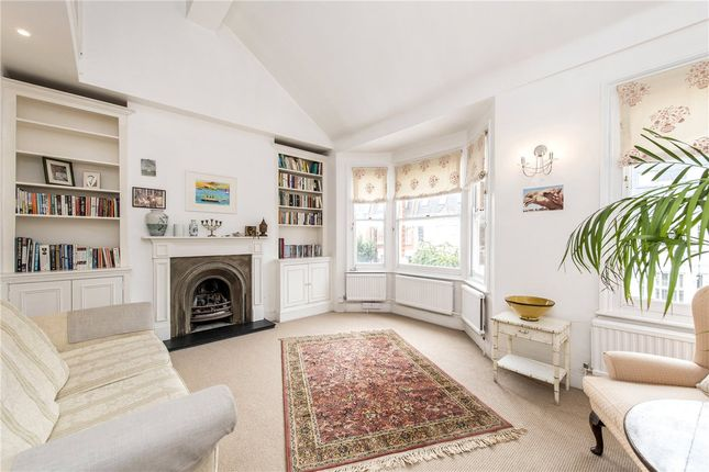 Picture No. 01 of Queensmill Road, London SW6