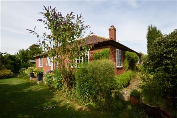 Thumbnail Detached bungalow for sale in Milton Road, Sutton Courtenay