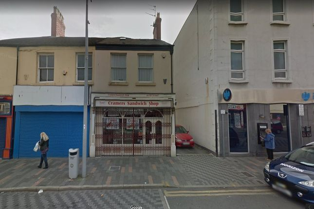 Thumbnail Flat to rent in High Street, Rhyl