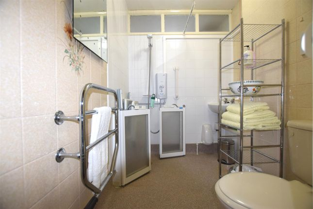Wet Room: of Portland Close, Chadwell Heath, Romford RM6