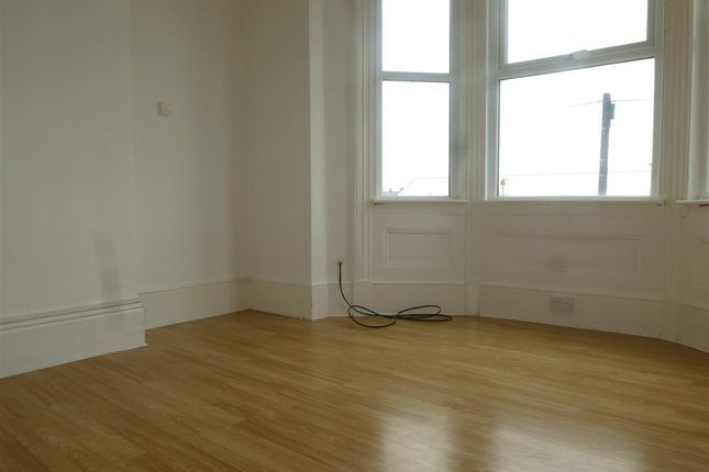 Thumbnail Flat to rent in Denmark Road, Lowestoft