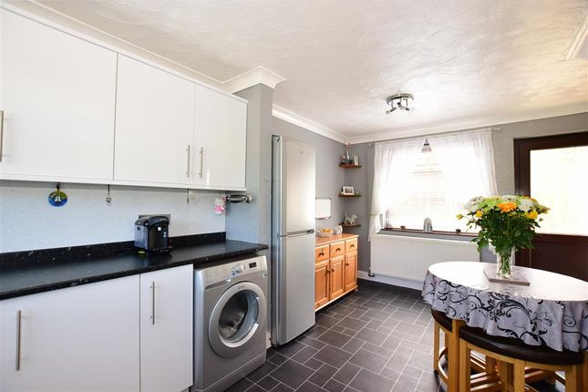 3 bed terraced house for sale in Barnfield, Chatham, Kent