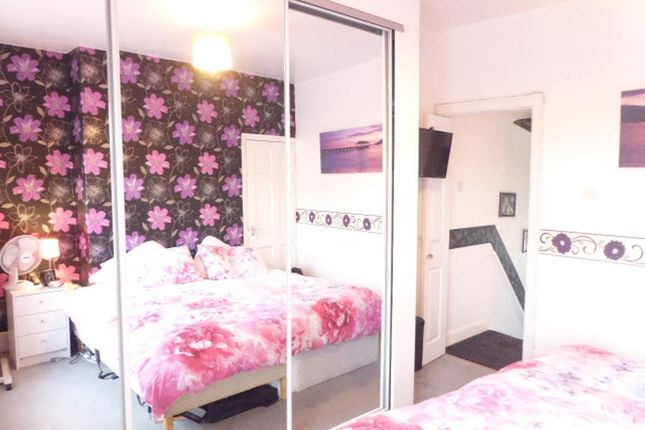 Bedroom 1 of Renfrew Street, Hull HU5