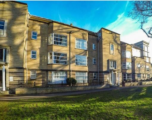Thumbnail Flat to rent in Petersfield, Cambridge