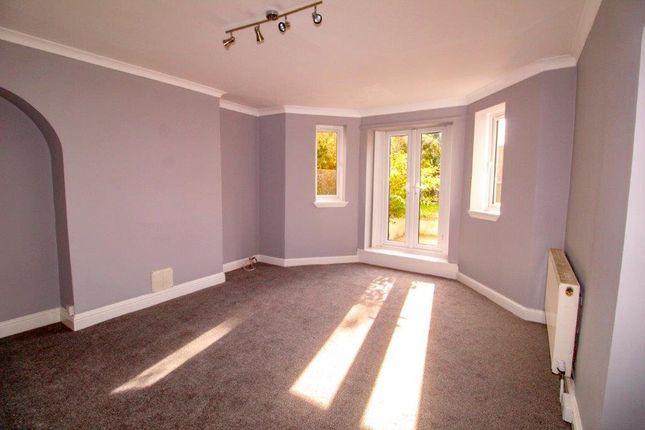 Thumbnail Flat to rent in St. Pauls Place, St. Leonards-On-Sea