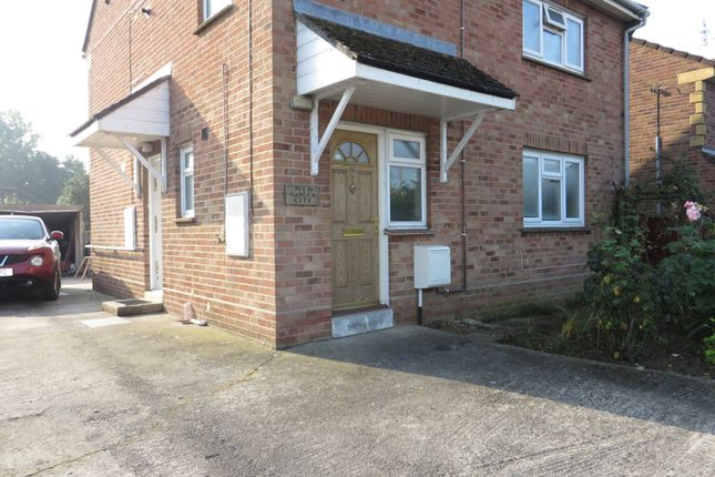Thumbnail Flat to rent in Garden City, Langport