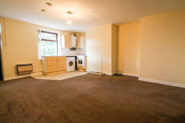 Thumbnail Terraced house to rent in Manchester Road, Slaithwaite, Huddersfield