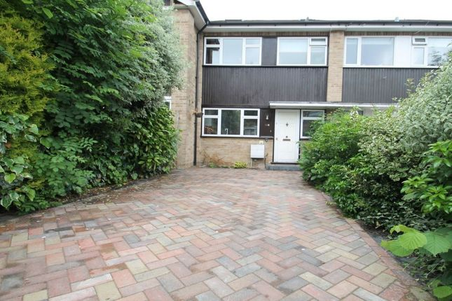 Thumbnail Terraced house to rent in Warwick Road, New Barnet, Barnet