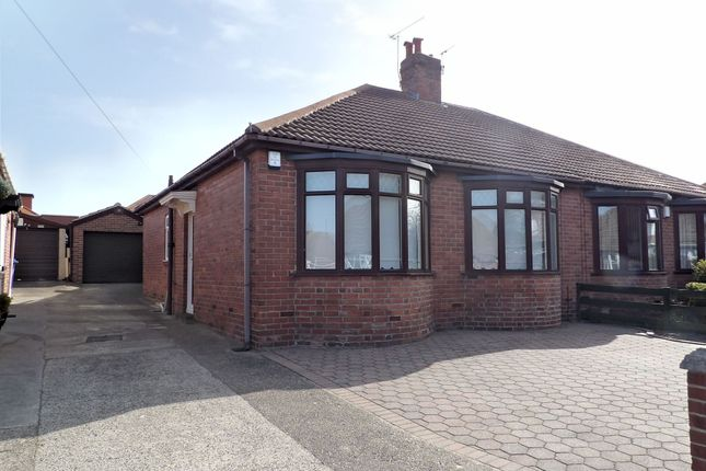 2 bed bungalow to rent in St. Marys Avenue, South Shields NE34