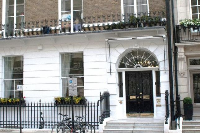 86 Harley Street, London W1G
